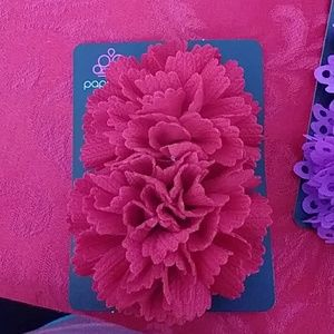 2 red flower hairbows